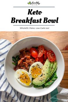 Try my 5 ingredient Keto Breakfast Bowl with crispy bacon, soft boiled egg, slic. - Try my 5 ingredient Keto Breakfast Bowl with crispy bacon, soft boiled egg, sliced avocado over a b - Healthy Recipes, Healthy Dishes, Healthy Breakfast Recipes, Diet Recipes, Healthy Snacks, Keto Snacks, Healthy Breakfast For Weight Loss, Healthy Plate, Soup Recipes