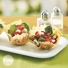 Strawberry-Spinach Salad in Parmesan Cups