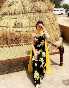 Are you researching for the best Modern ladies Punjabi Suit plus Latest Elegant Designer ladies Punjabi Suit in which case Click Visit link for more info Can do an easy copycat with a floral maxi dress and scarf.i salwar suitsStraight forward jehi ku Patiala Suit Designs, Kurta Designs Women, Kurti Designs Party Wear, Salwar Designs, Punjabi Fashion, Indian Fashion Dresses, Dress Indian Style, Indian Outfits, Indian Suits Punjabi