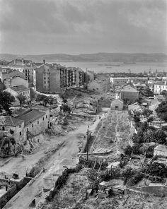 Cova da Moura, Pampulha, 1949. Roiz, in archivo photographico da C.M.L. Lisbon, Paris Skyline, Travel, Topographic Map, Stone Facade, Saints, City, Filing Cabinets, Tower