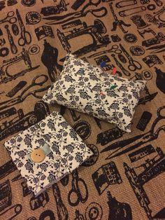 Sewing Gift Set, pin cushion & needle case www.etsy.com/shop/sewinlovebymadiacom