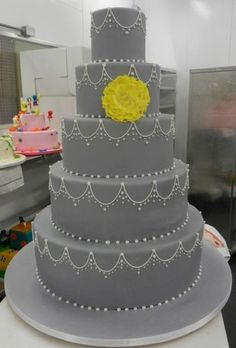 carlo's bakery cakes | Carlo's Bakery wedding cake. LOVE the colors.