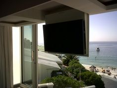 So you have this beautiful view and no where to put your TV without spoiling it? Our ceiling TV lift is the perfect solution.
