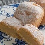 Prepare esse delicioso Bem Casado com Leite Condensado para as ocasiões mais especiais.  http://xamegobom.com.br/receita/bem-casado-com-leite-condensado/