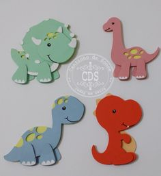 Dinosaur Birthday Cakes, Baby Birthday, Diy For Kids, Crafts For Kids, Dinosaur Party Decorations, Girl Dinosaur, Dinosaur Nursery, Baby Dinosaurs, Felt Toys