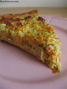 Carrot, zucchini and bacon pie recipe - Carrot, zucchini and bacon tart More - Healthy Cooking, Healthy Snacks, Cooking Recipes, Healthy Recipes, Quiches, Omelettes, I Foods, Food Inspiration, Love Food