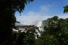 Viaje com a gente com um roteiro de 4 dias em Foz do Iguaçu, passando pelas cataratas do lado brasileiro e argentino.