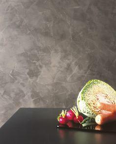 Spatula Stuhhi in grigio molto attuale, è un prodotto innovativo, ma che nasce dalla cultura Veneziana nel tradizionale settore degli stucchi lucidi e che è stato modificato ed adeguato alle attuali necessità di colorazione e rapidità di posa. #spatulastuhhi #stucchi #stucco #giorgiograesan #pittura #decorazione #paintwall Stucco Walls, Plaster Walls, Polished Plaster, Sponge Painting, Wall Tiles, Sweet Home, Art Deco, House Design, Interior Design
