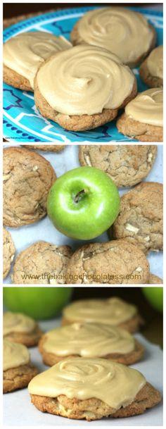 Ultimate Soft Caramel Apple Drop Cookies – The Baking ChocolaTess Apple Desserts, Cookie Desserts, Easy Desserts, Delicious Desserts, Finger Desserts, Baking Cookies, Health Desserts, Drop Cookies, Yummy Cookies