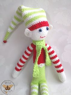 Wildmoths Handcrafted Creations: The Elf on the Shelf