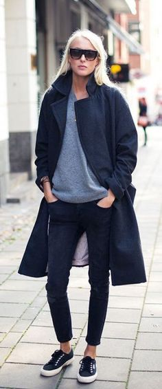 Autumn Outfits: Ellen Claesson is wearing a grey knitwear from Weekday, dark grey coat from HM, black jeans from Gina Tricot, black and white sneakers from Superga and sunglasses from Céline Fashion Mode, Look Fashion, Winter Fashion, Fashion Outfits, Street Fashion, Fashion Stores, Fashion 2018, Looks Style, Looks Cool