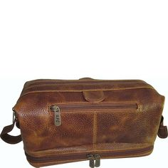 Amazon.com: AmeriLeather Toiletry Bag with Bonus Accessories (Black): Clothing