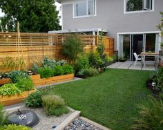 garden ideas for small gardens - great design suggestions # fence ideas garden . garden ideas for small gardens – great design suggestions garden ideas for small Small Gardens, Outdoor Gardens, Design Jardin, Small Backyard Landscaping, Modern Backyard, Backyard Ideas, Landscaping Ideas, Small Garden Design, Raised Garden Beds