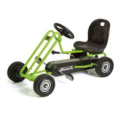 Ga op een razendsnel avontuur met deze groene skelter van Hauck. Deze pedaal aangedreven speelgoedauto heeft een robuust stalen buizenframe met een totale lengte van 97 cm. Dankzij het rubberen profiel op de kunststof wielen heb je extra grip onderweg. Met de handrem op beide achterwielen breng je de Go-Kart tot stilstand. Neem plaats in de verstelbare kuipstoel en race het avontuur tegemoet! Spelen met de Go-Kart stimuleert de opbouw van spierkracht, uithoudingsvermogen en helpt bij de…