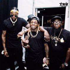 Recap Of Lil Wayne & 2 Chainz Live Performance At The 2016 Budweiser MIA…
