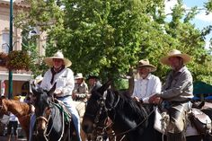 Ride in of Trailriders from California in Santa Fe! #OldSpanishTrail #FourTrailsConference #NewMexicoTrue