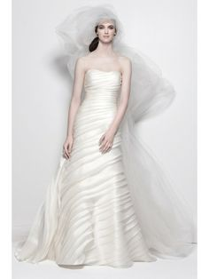 Organza Strapless Delicately Pleated Bodice Wedding Dress
