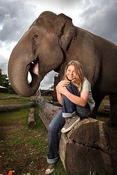Bindi Irwin :: Fantastic young woman, great father (RIP Steve Irwin)