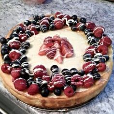 Cheesecake with friuts