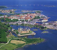 Kalmar, Sweden | On the picture the old castle Kalmar Slott, important place in the far past, for example when war between Sweden and Denmark.