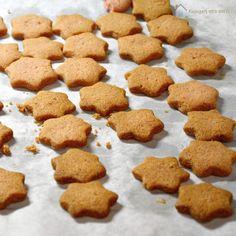 Κυριακή στο σπίτι: Φτιάχνοντας Χριστουγεννιάτικα Μπισκότα!