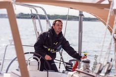 The idea of singlehanded sailing appeals to cruisers and racers alike. Quantum's Jay Sharkey shares his singlehanded sailing expertise to help you get started. Marquis Yachts, Liveaboard Boats, Liveaboard Sailboat, Sport Yacht, Small Yachts, Sailing Gear, Sailboat Living, Yacht Builders, Yacht Interior