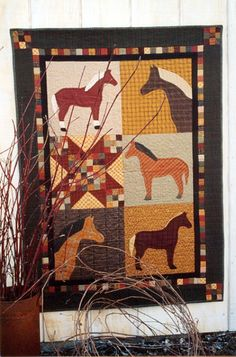 Country Threads :: Animal Quilt Patterns :: Bridle Path