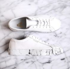 Danish blogger Monja loves the simplistic design and luxe feel of her new Axel Arigato sneakers #axelarigato