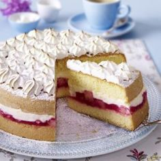 Rhabarber-Baiser-Torte Getting Hungry, No Bake Desserts, Tiramisu, Tea Cups, Cheesecake, Pie, Ethnic Recipes, Food, German