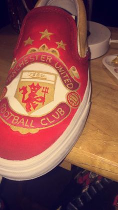 Soccer shoe part 1 #manchesterunited custom vans by me