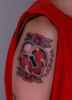 TATTOOS.ORG - Lock Heart with love for Grandma   Done by: Pinut...