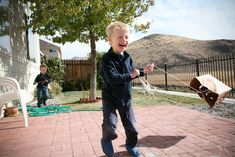 Outdoor activities for kids to do on a windy day