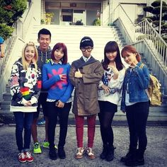 LEE HI-LEE HI with labelmates Akdong Musician, Dara and Minzy from 2NE1, and Sean from JinuSean
