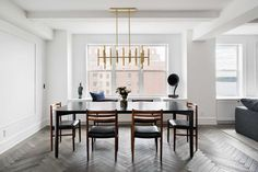 A Classic 7 Pre-War Apartment in NYC Is Renovated by StudioLAB - Design Milk