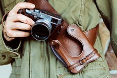 Wotancraft Eastwood Hektor Camera Holster http://minivideocam.com/product-category/camera-cases/