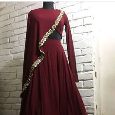 Image may contain: people standing Party Wear Indian Dresses, Designer Party Wear Dresses, Indian Gowns Dresses, Dress Indian Style, Indian Designer Outfits, Indian Wedding Outfits, Indian Outfits, Wedding Lehenga Designs, Kurti Designs Party Wear