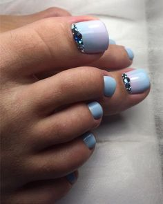 60 easy pedicure ideas in 2019 058 Pedicure Nail Art, Pedicure Designs, Toe Nail Art, Acrylic Nails, Pedicure Ideas, Pretty Toe Nails, Natural Gel Nails, Feet Nails, Toenails
