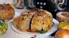 Varză umplută la Slow Cooker Crock Pot l Digital Sicilian Recipes, Greek Recipes, My Recipes, Romanian Food, Romanian Recipes, India Food, Ravioli, Gnocchi, Slow Cooker Recipes