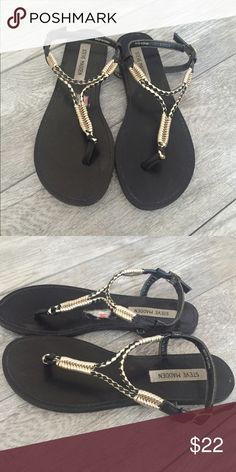 Steve Madden Flat Sandals I only wore these twice! Black and gold color. Super comfy ! Steve Madden Shoes Sandals