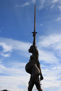 Damien Hirst 'Verity' in Ilfracombe | by Bladeflyer (Ian Griffiths) on flickr