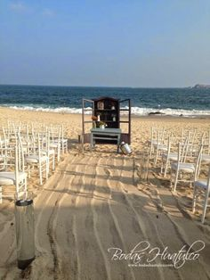 Montaje Vintage para tu Ceremonia civil, ideal para tu boda en playa por Bodas Huatulco.