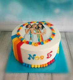 K3 taart Girl Cakes, Cute Cakes, No Bake Desserts, No Bake Cake, Diy For Kids, Cupcake Cakes, Birthday Cake, Fondant, Holland