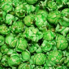 A Texas favorite! Our freshly popped gourmet Green Apple flavored Popcorn is candy coated.ÿThis bright green popcorn is great for a mix of team or corporate colors and wedding buffets for your upcom Sweet Popcorn, Popcorn Snacks, Popcorn Balls, Candy Popcorn, Flavored Popcorn, Gourmet Popcorn, Popcorn Recipes, Candy Apples, Popcorn Gift