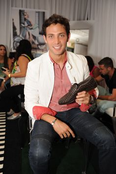 Billboard Latin Music Awards 2013: Gabriel Coronel chose this pair of woven leather loafers by Carlo Pazolini