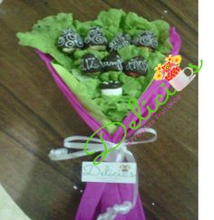 bouquet de fresas cubiertas de chocolate