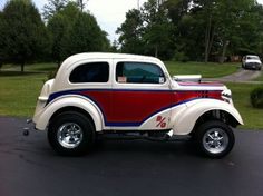 Click for more vintage cars, hot rods, and kustoms