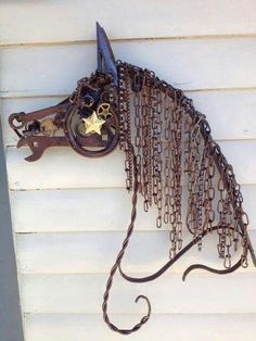 Horse Abstract Metal Sculptures | Abstract horse made of metal scraps