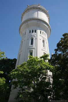 Montmartre Water Tower, Paris, France - photo from aviewoncities