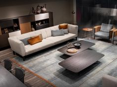 The harmonious fusion of classic and contemporary is the leit motif of the WARP sofa by Francesco Rota. Contemporary Interior Design, Contemporary Design, Comfortable Sofa, Modular Sofa, Living Room Modern, Beautiful Space, Interior Decorating, Furniture, Home Decor