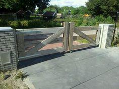 Poort van steigerhout